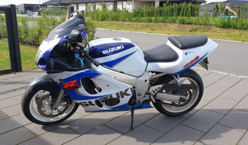 Suzuki GSXR 600 1999 1